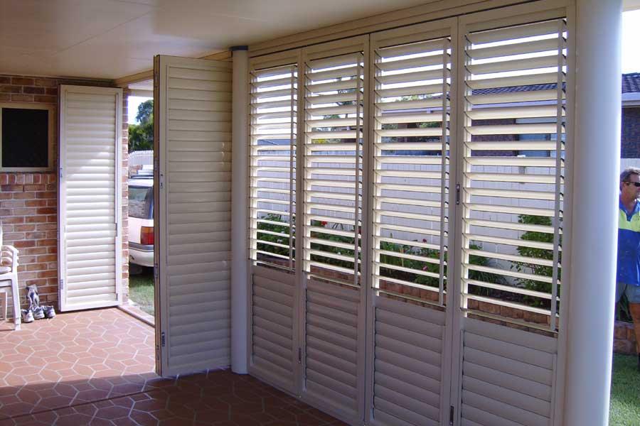 plantation-shutters-8